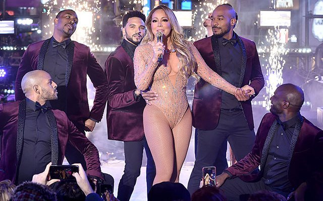 mariah carey new years eve glitch