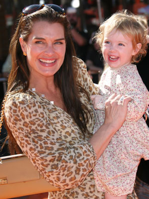 BROOKE SHIELDS with her daughter Grier at the <i>Dr Seuss' Horton Hears A Who</i> premiere.