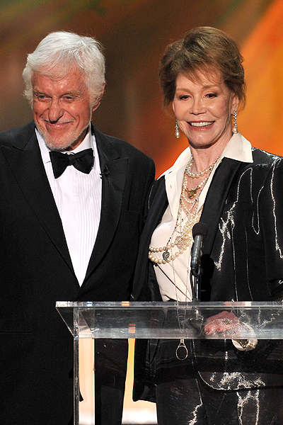 Dick Van Dyke & Mary Tyler Moore - MTM was honored with the Lifetime Achievement Award