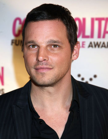 Justin Chambers plays Alex Karev