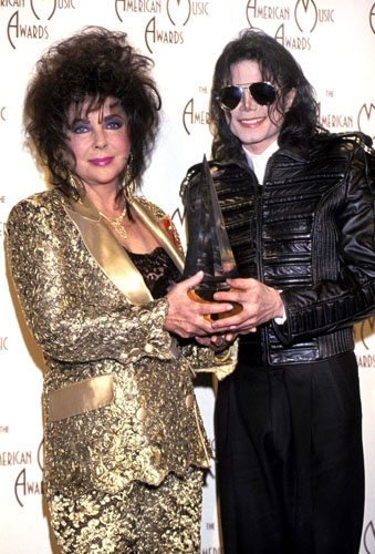 With good pal Michael Jackson in 1989.