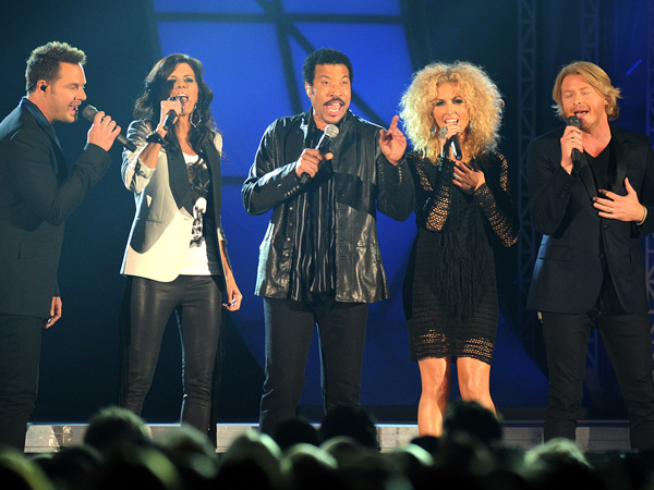 LIONEL RICHIE and LITTLE BIG TOWN