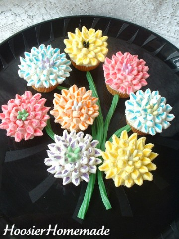 Mothers day marshmallow flower cupcakes