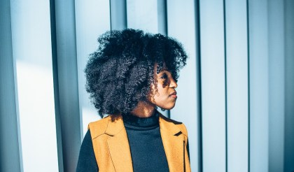 5 Steps To Making Your Natural Hair Healthy Again After The Summer