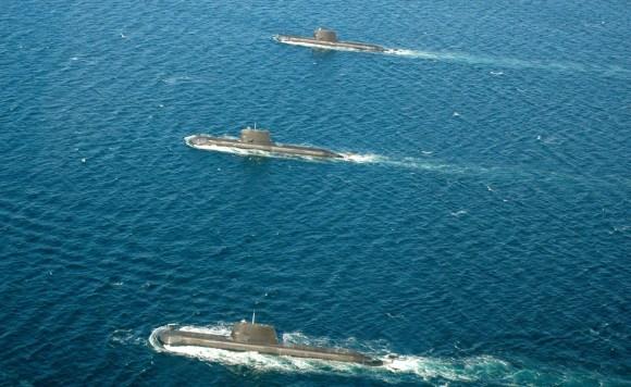Saída tripla de submarinos australianos - foto 4 MD Australia