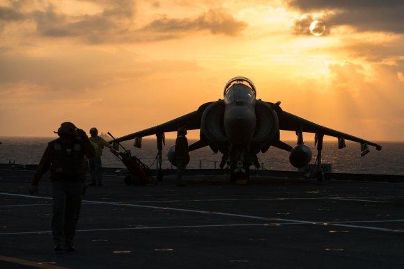 Harrier AV8B no Cavour no Brilliant Mariner 2013 da OTAN - foto 2 Marinha Italiana