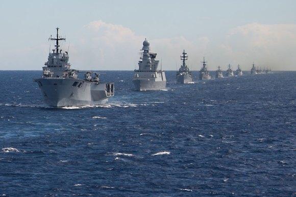 Manobras navais no Brilliant Mariner 2013 da OTAN - foto Marinha Italiana