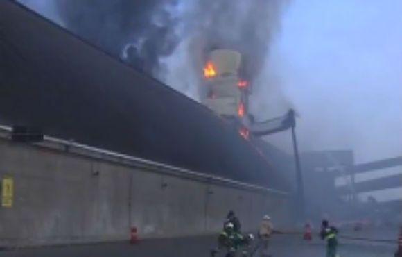 incendio-consome-armazem-no-porto-de-santos - imagem Jornal do Brasil