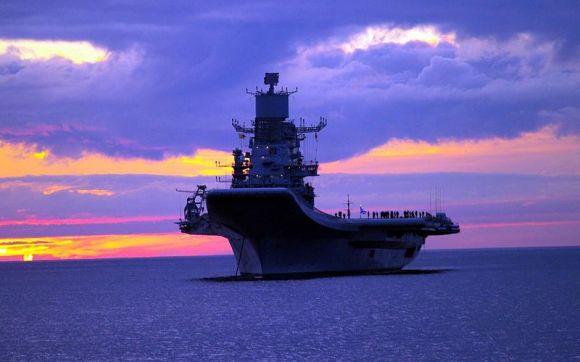 INS_Vikramaditya_in_Baltic_Sea