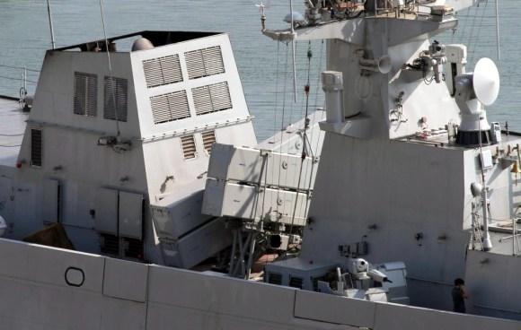 Type_056_corvette_anti-ship_missiles
