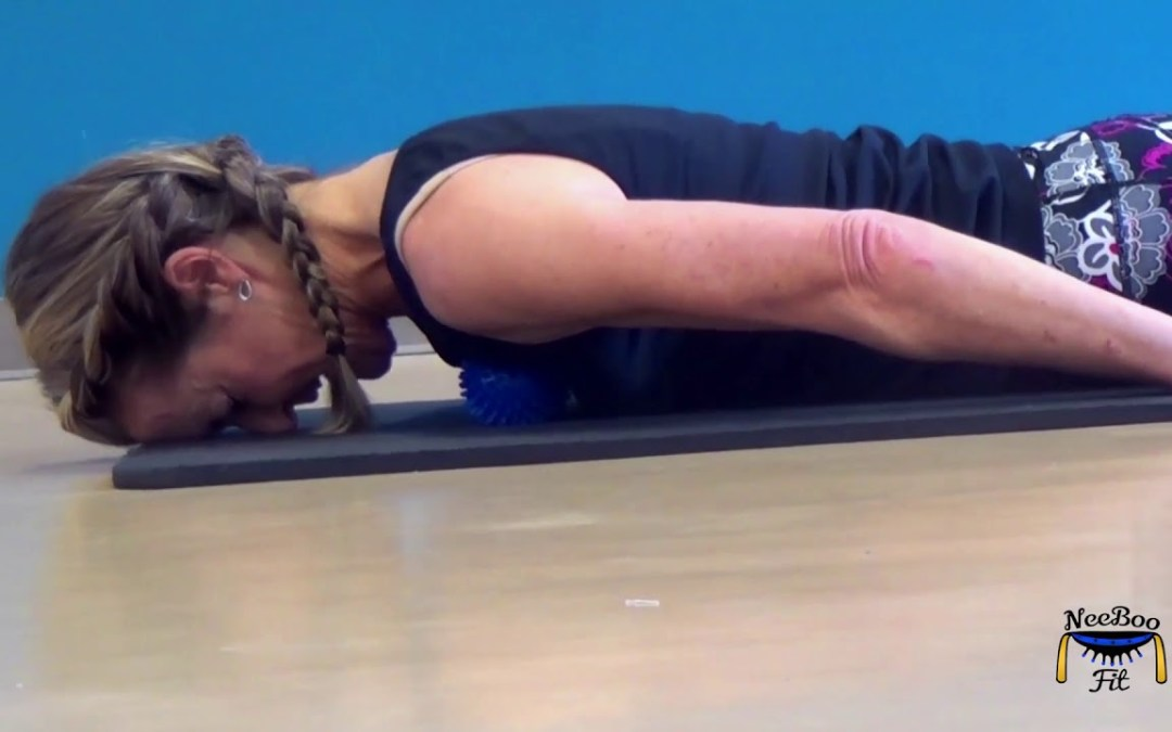 NeeBooFit Video – Pectoral Tension Release Massage and Stretch with Massage Balls