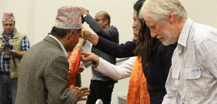 अस्ट्रेलियन सांसदद्वारा नेपाली समुदायलाई दसैं टीका