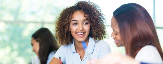 7 Top Scholarships for High School Seniors - NerdWallet - seniors high school