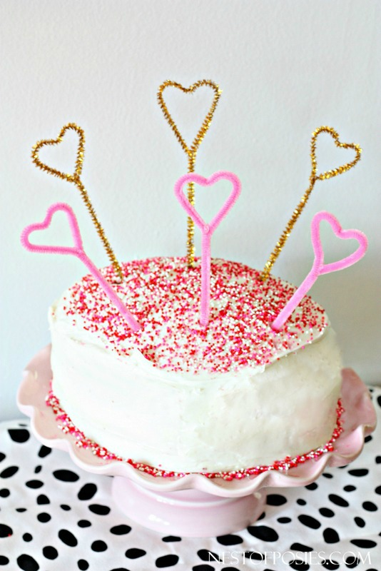 Pipe Cleaner Cake Toppers!  Easy and perfect to add for any holiday
