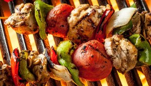 Delicious Steak Fajita Skewers Recipe and BBQ Slow Cooker Chicken Recipe