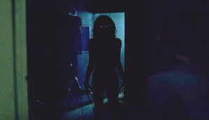 Here is the review of Lights Out that went viral online!!!