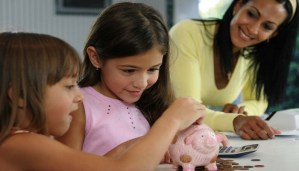 How can you teach kids about money management? Important parenting advice!