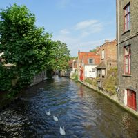 Bruges – Old Town Walk, Choco-Story and French Fries Museum
