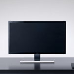 Test driving Samsung's new 28-inch 4K UHD monitor