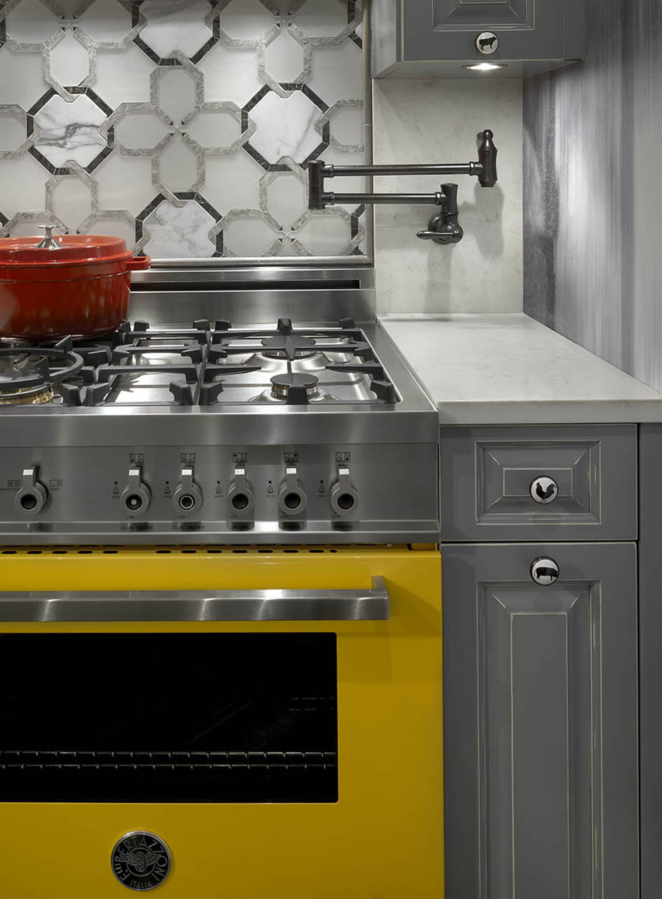 chicago janssen home design gallery kitchen remodeling chicago Stylish yellow stove design after kitchen remodeling in Chicago