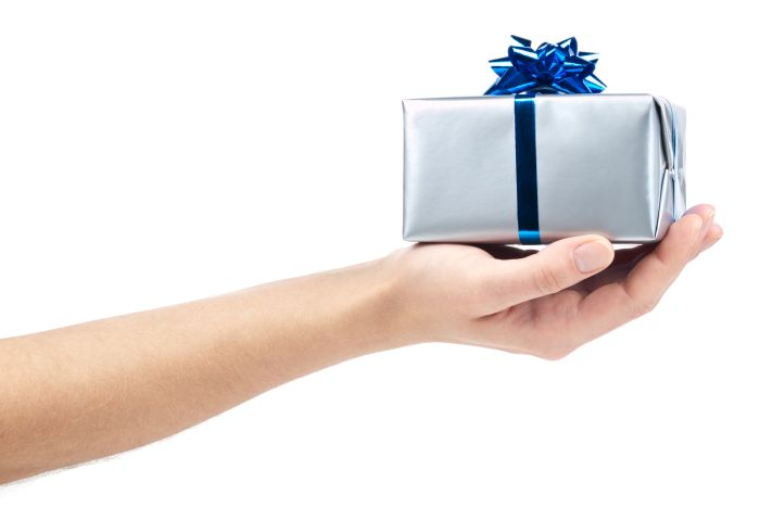 Gift Giving Etiquette for Office Grinches - Smart Buyer