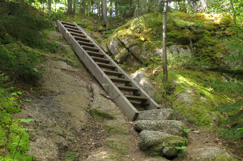 Trails With Ladders Metal Rungs In New England