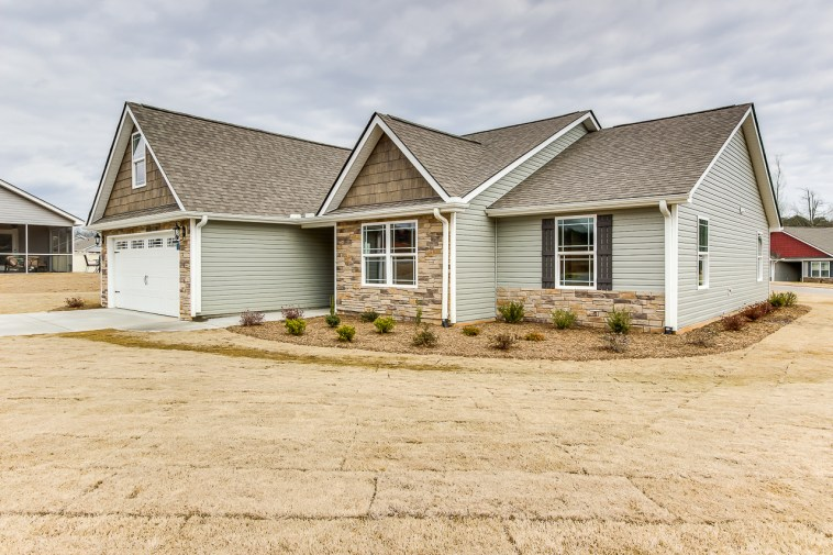 300 Hawk Valley Dr, Travelers Rest, SC-4