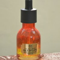 The Body Shop Oils Of Life Intensely Revitalizing Facial Oil First Impressions