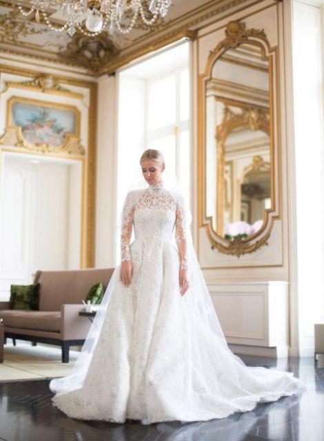 10 Best Celebrity Wedding Dresses : Top celebrity wedding dresses of new love times