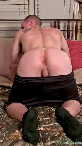 porn-army-gay-11