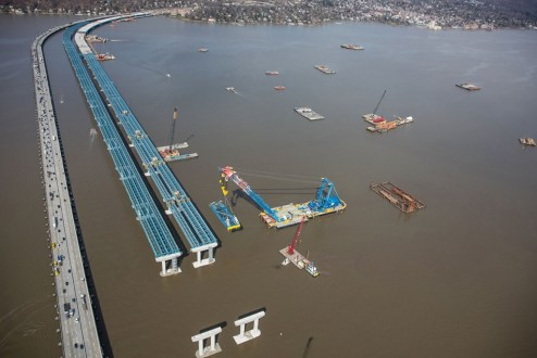 April 6, 2016 – Rows of girder assemblies, installed by the I Lift NY super crane, line the Rockland approach.
