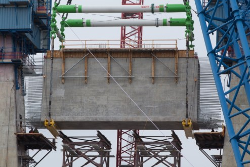 February 8, 2016 - I Lift NY lowers a 650-ton crossbeam onto a temporary support structure with great precision.