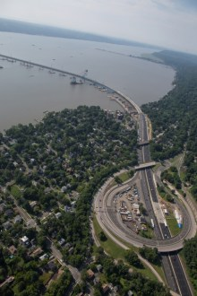 July 2015 - An aerial view of the New York State Thruway (I-87/I-287) exit 10 (Nyack - South Nyack - US Route 9W).