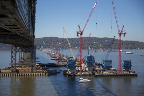 October 12, 2015 - The final pier columns for this phase of operations begin to take shape above the Hudson River.