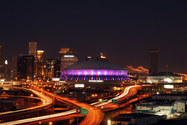 Skyline Car Wallpaper The Mercedes Benz Superdome New Orleans Attraction