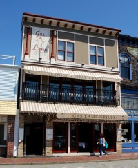 Gas Lamp Grille - Bar Restaurant Newport, RI 02840
