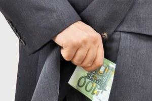 Αποτέλεσμα εικόνας για Οι δικηγοροι της ρεμουλας και φοροφυγαδες