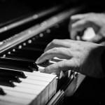 Menig onderzoeker vraagt zich af wat er precies in het brein van de 101-jarige pianiste gebeurt.