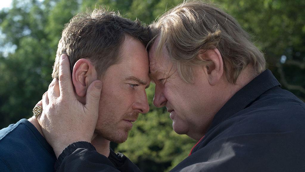 Trespass Against Us, il trailer con Michael Fassbender e Brendan Gleeson
