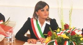 L'Angolo degli Auguri: festeggiamo quest'oggi il compleanno del sindaco di Pizzone Letizia Di Iorio.