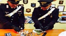 Isernia: spaccio di sostanze stupefacenti. I Carabinieri pizzicano due giovani del posto.