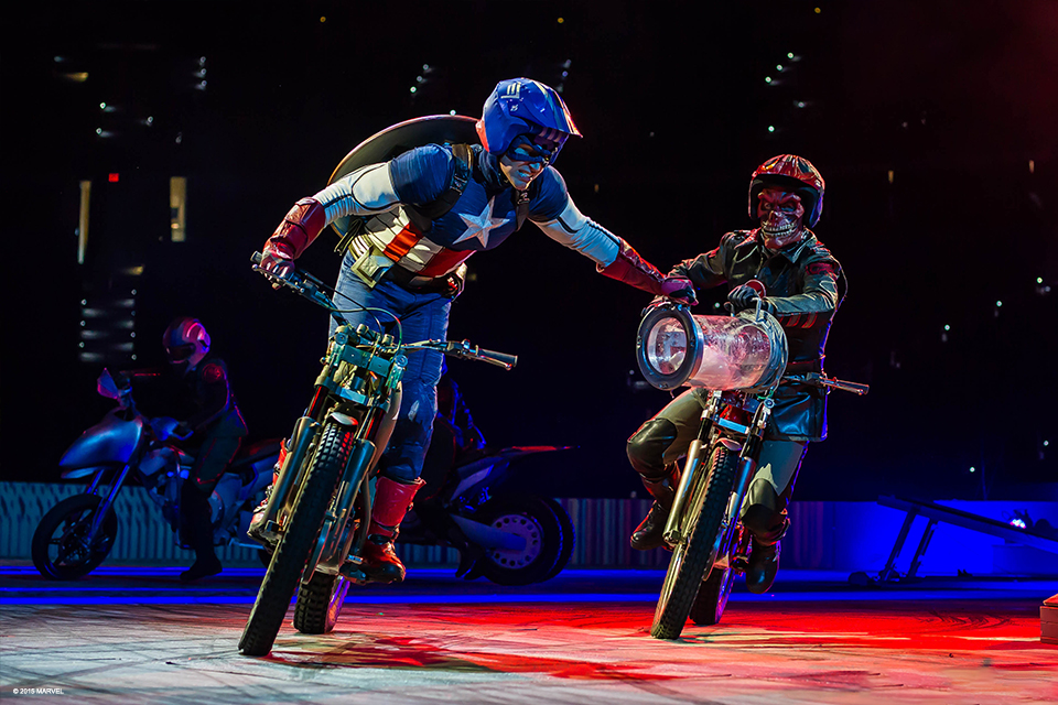 Marvel Superheroes 3d Wallpapers Marvel Universe Live Superheroes Save The Day In New Show