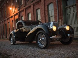 tour-rm-sothebys-beautiful-cars-set-to-break-auction-records-in-new-york-city-01