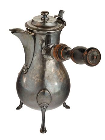 Coffee Pot. France, early 19th century. Maker Unknown. Photo: Francois Fernadez, Nice.