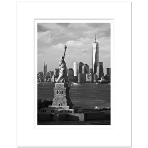 FRTB164-Statue-of-Liberty-Freedom-Tower-Lower-Manhattan-NYC-BW-Art-Print-Alex-Basansky-MW1620