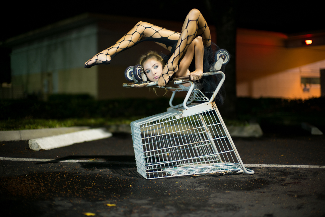 Girl Photography Wallpaper Contortionist Nicole Winter