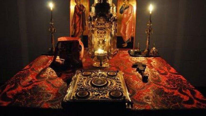Βραδινή Θεία Λειτουργία στον Ι.Ν. Κοιμήσεως της Θεοτόκου Πρασίνου Λόφου Ν. Ηρακλείου