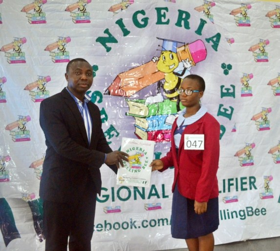 South South National Finalist recieving study materials satchel