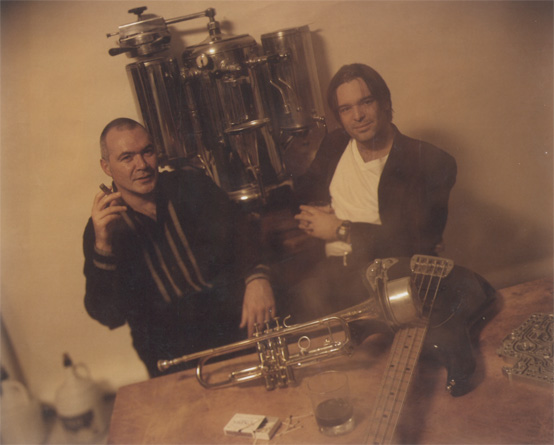 at-hardys-place-1997-first-photo-session-un-in-cigar-smoke-hardy-brackmann
