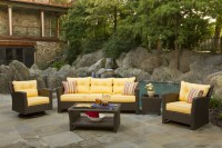 Holiday Decorating Ideas For Outdoor Wicker Furniture ...